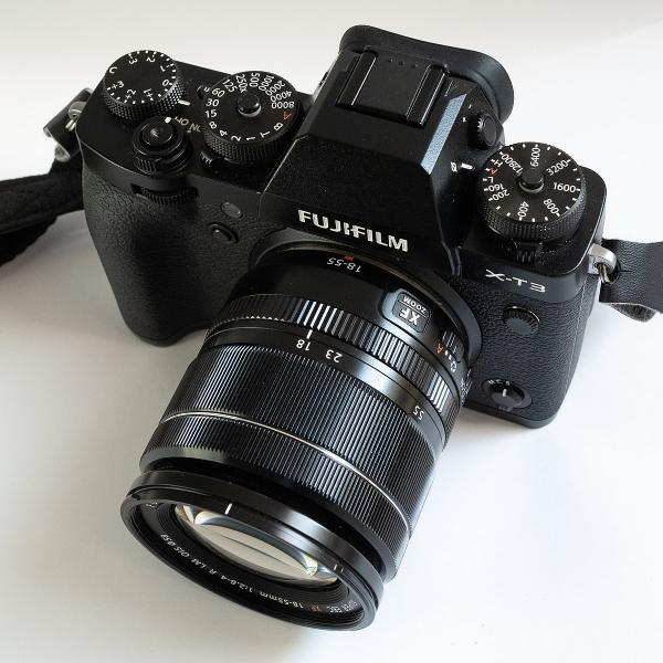 Fujifilm X-T30 fekete + XF 18-55mm objektív 07