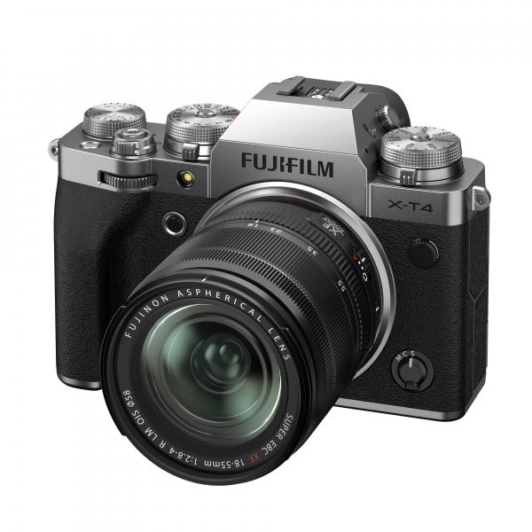 Fujifilm X-T4 digitális fényképezőgép XF 18-55mm F2.8-4 R LM OIS objektívvel 07