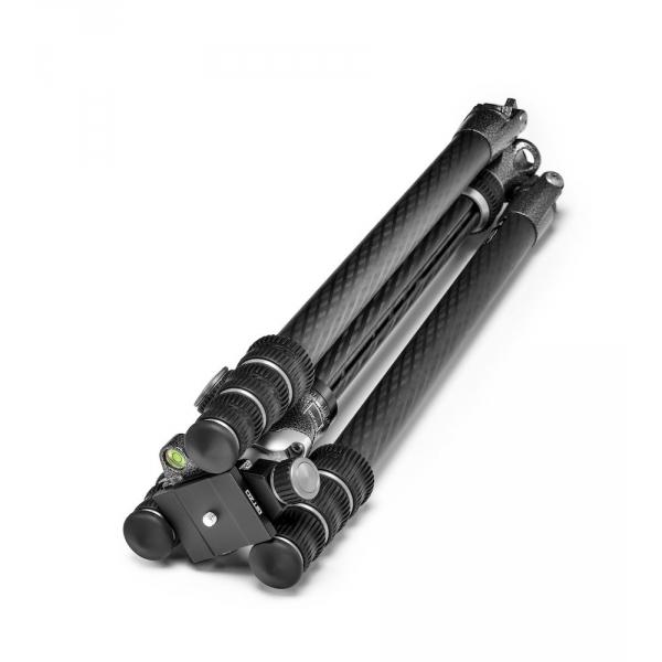 Gitzo Traveler Kit, Ser.1 4 sec tripod GT1545T + head GH1382TQD 05