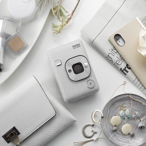 Instax Mini Liplay hibrid fényképezőgép 15