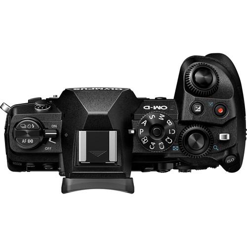 Olympus OM-D E-M1 Mark III digitális fényképezőgép 12-100 IS PRO KIT,  ED 12‑100mm 1:4.0 PROobjektívvel 04
