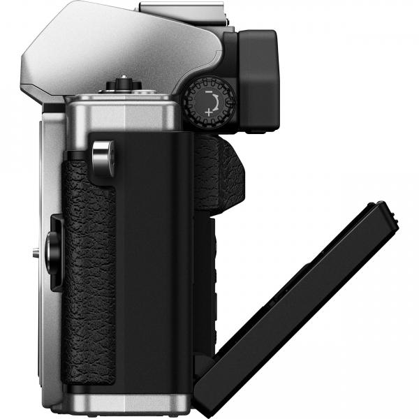 Olympus OM-D E-M10 Mark II Pancake Double Zoom Kit, 14‑42mm EZ Pancake és 40‑150mm R objektívekkel 10