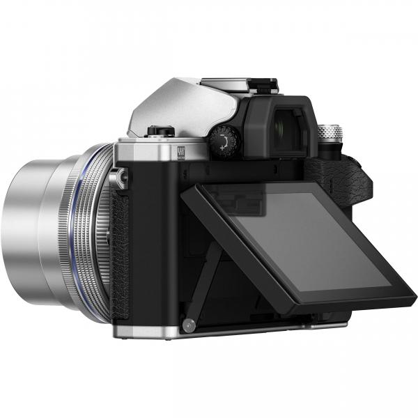 Olympus OM-D E-M10 Mark II Pancake Double Zoom Kit, 14‑42mm EZ Pancake és 40‑150mm R objektívekkel 14