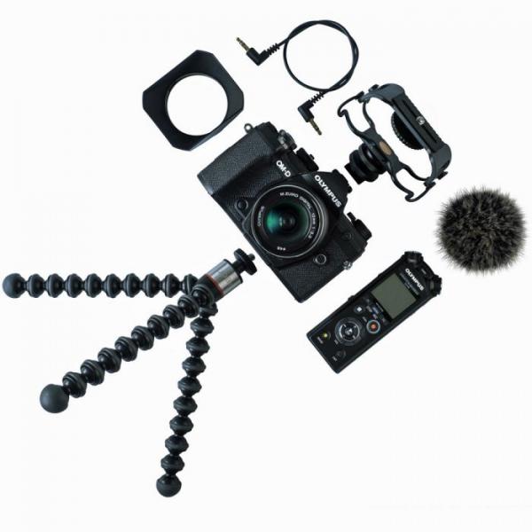 Olympus OM-D E-M5 Mark III digitális fényképezőgép váz + M. Zuiko Digital 12 mm objektív Vlogger KIT 05