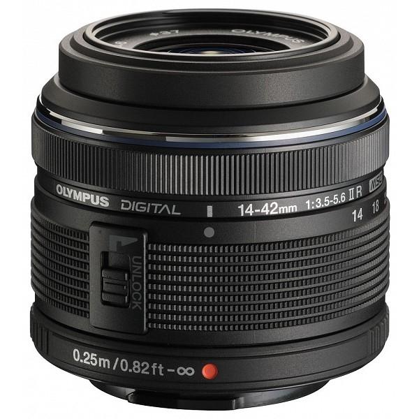 Olympus Pen E-PL8 digitális fényképezőgép, M.ZUIKO DIGITAL 14‑42mm 1:3.5‑5.6 II R objektívvel 16
